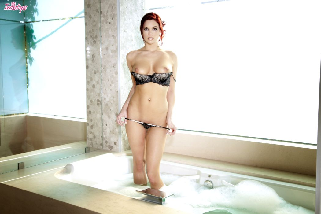 Jayden Cole / Jayden C / Ashley Summer – T 's Quite A Few Models Doing Bath Or Shower Scenes Just Now Fantasti…