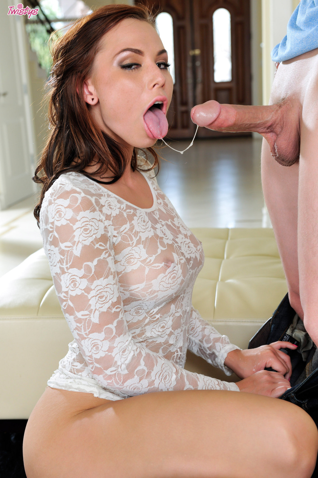 Aidra Fox – Aidra Wants It Bad – Part 1 Of 2 – I'm In Serious Love With This Chick 10