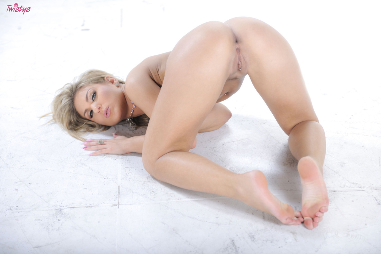 Aubrey Addams – Pretty Girl – Wow Sexy, Hot, Luscious Ass Pussy Me Want Some 10