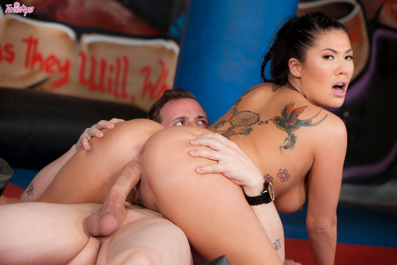 Sporty Girl London Keyes Gets Banged Hard 6