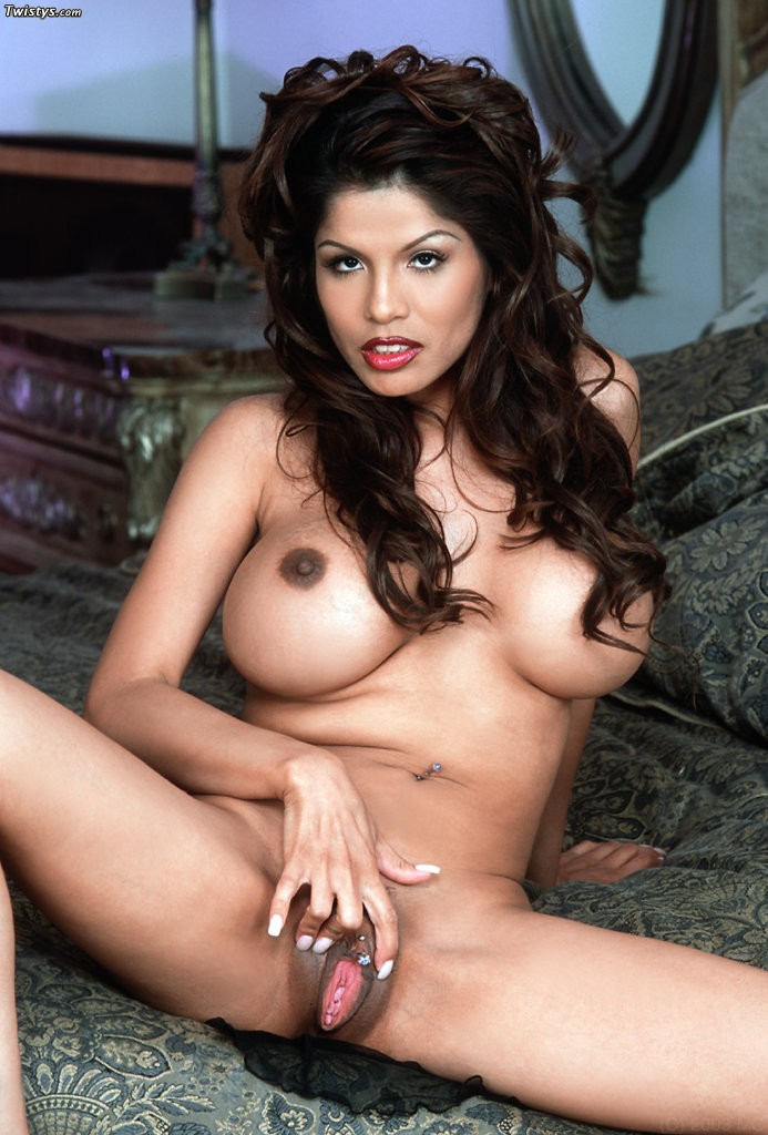 Alexis Amore 8