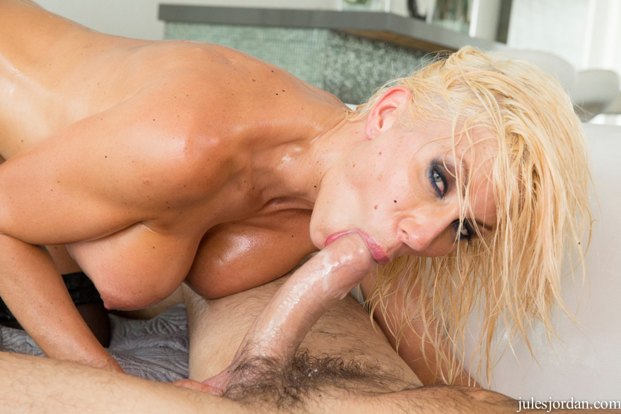 Puma Swede Covered With Oil Gets Fucked Anally By Manuel Ferrara 3