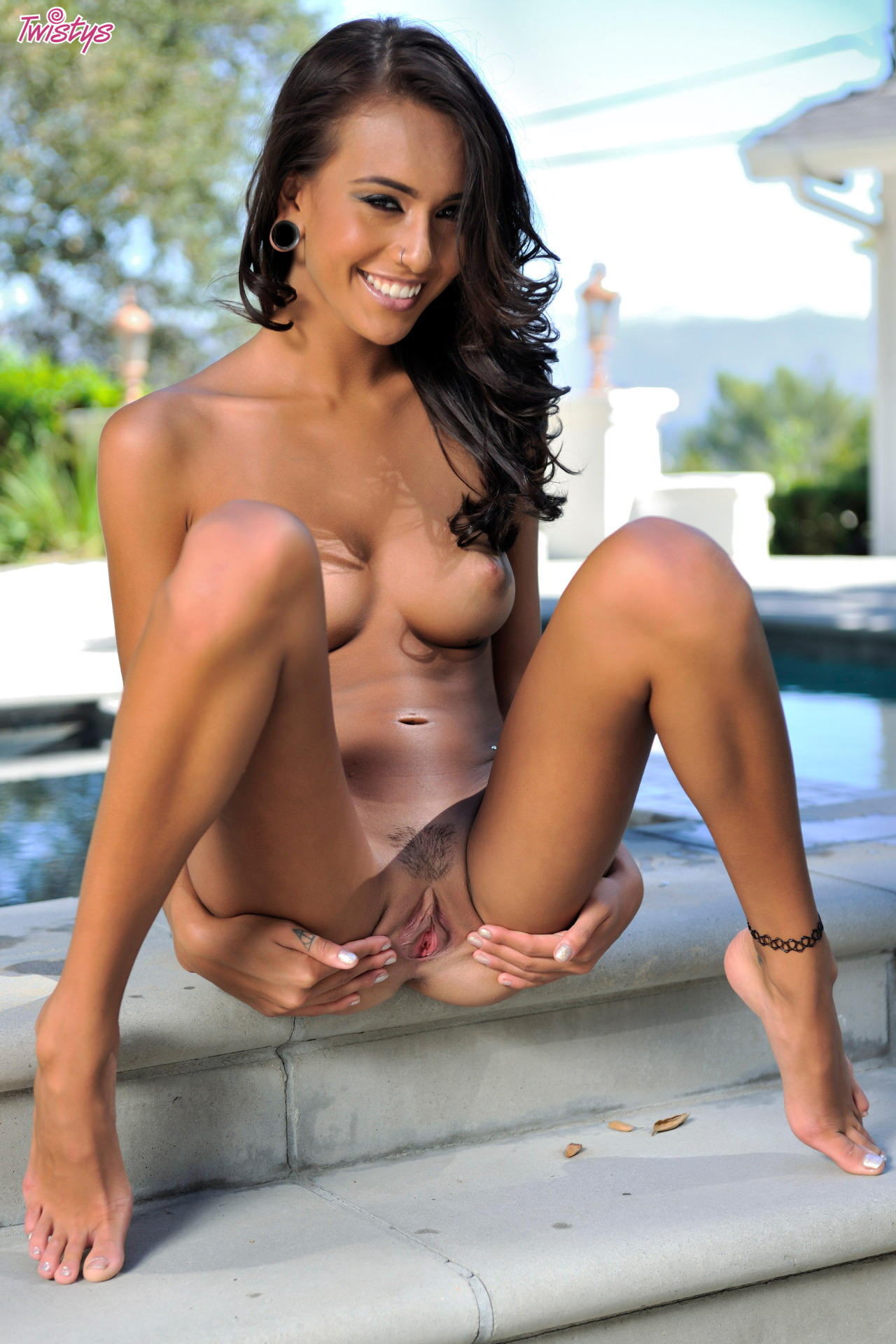 Janice Griffith – Super Slim Part 2 Of 2 3