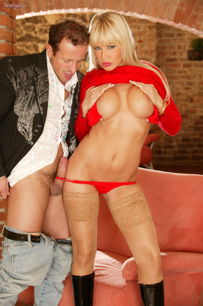 Natalli Di Angelo In Stockings And High Black Boots Gets Anal Fucked 4