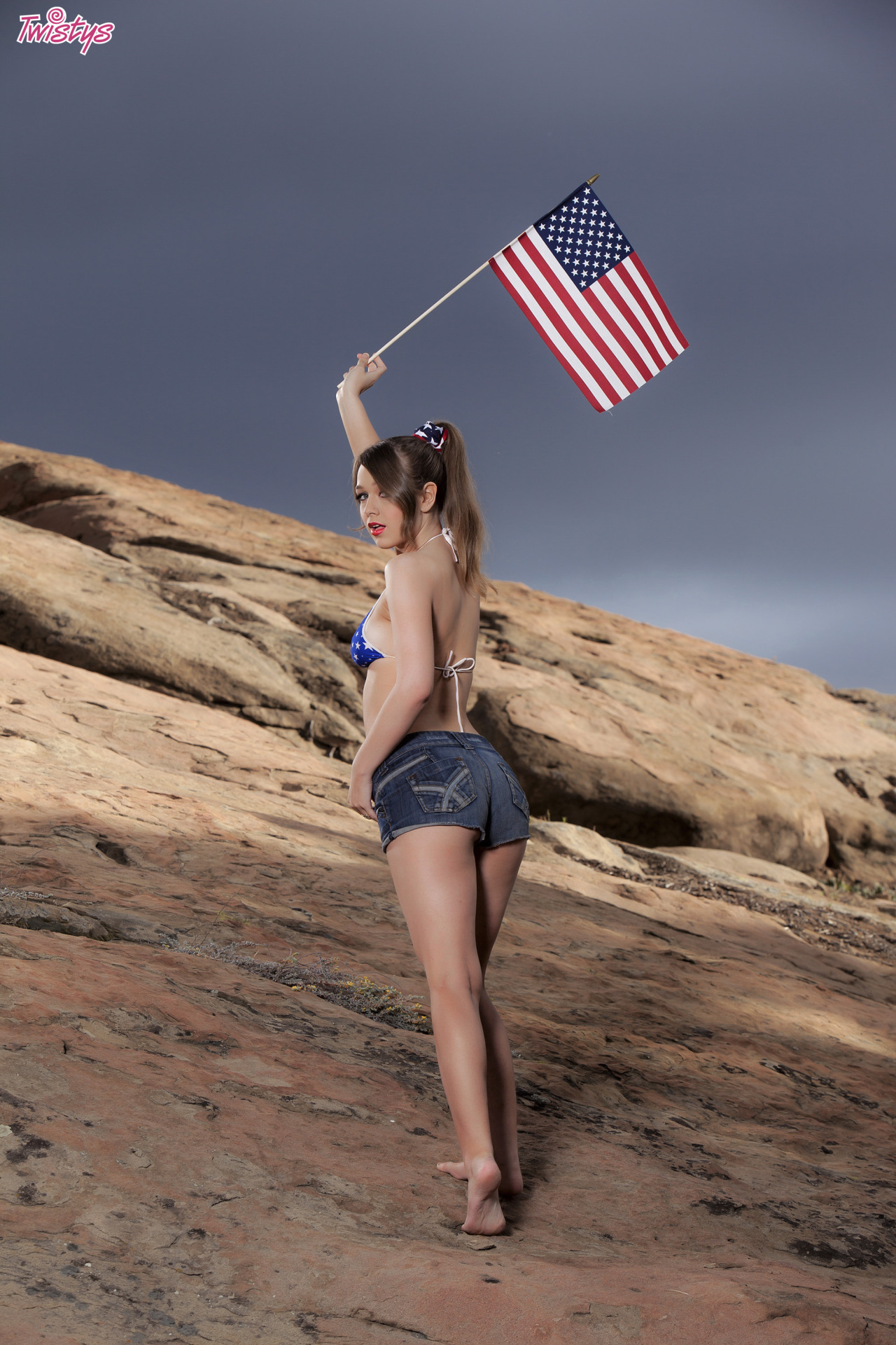Alaina Fox, Wishing You A Very Happy 4th Of July 1