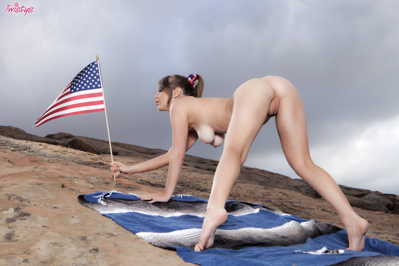 Alaina Fox, Wishing You A Very Happy 4th Of July 7