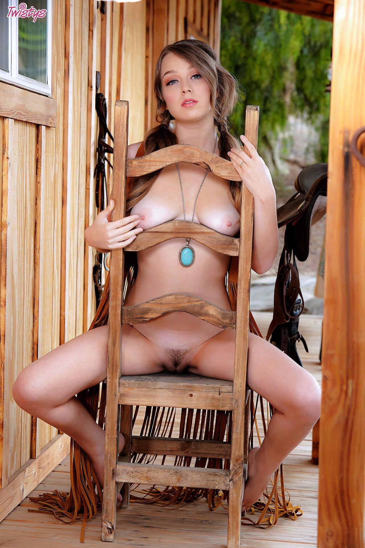 Alaina Fox – Good Ol' Usofa Girl Next Door Type The Saddle Is T , Lets Ride 10