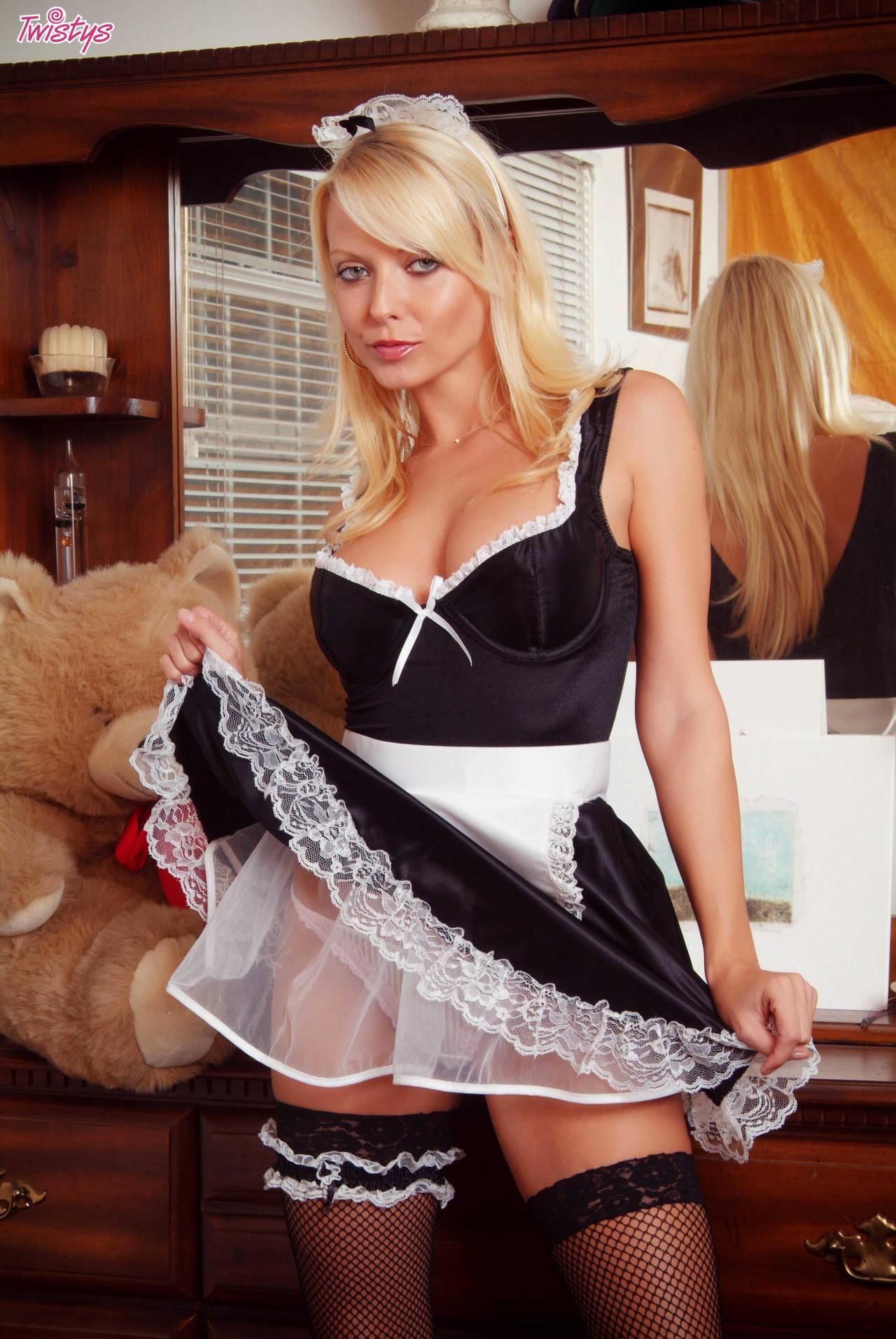 Jana Cova – My Kind Of Maid 1