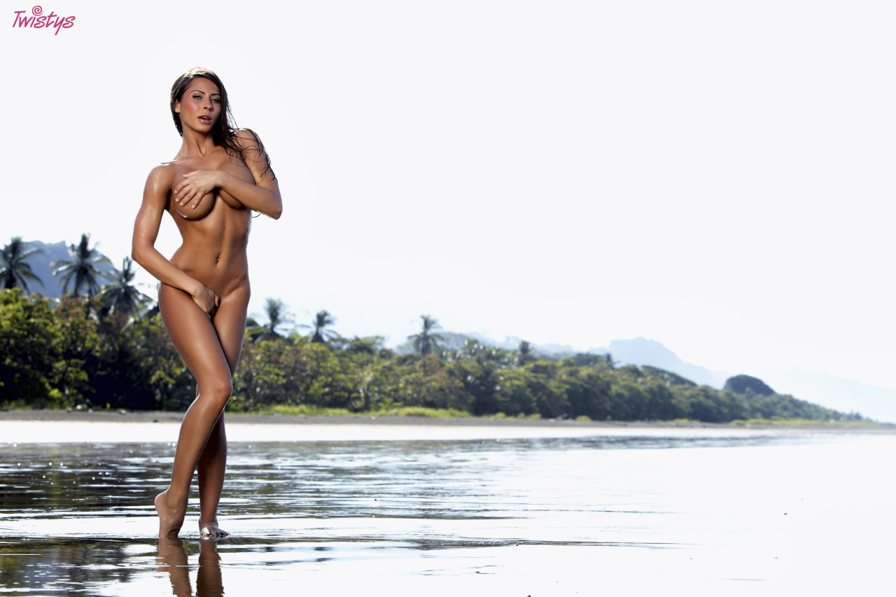 Madison Ivy For Twistys On Our Toty Shoot In Costa Rica What An Amazing Experience With Some Amazing People Wi… 4