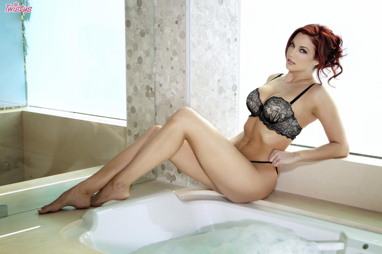Jayden Cole / Jayden C / Ashley Summer – T 's Quite A Few Models Doing Bath Or Shower Scenes Just Now Fantasti… 1