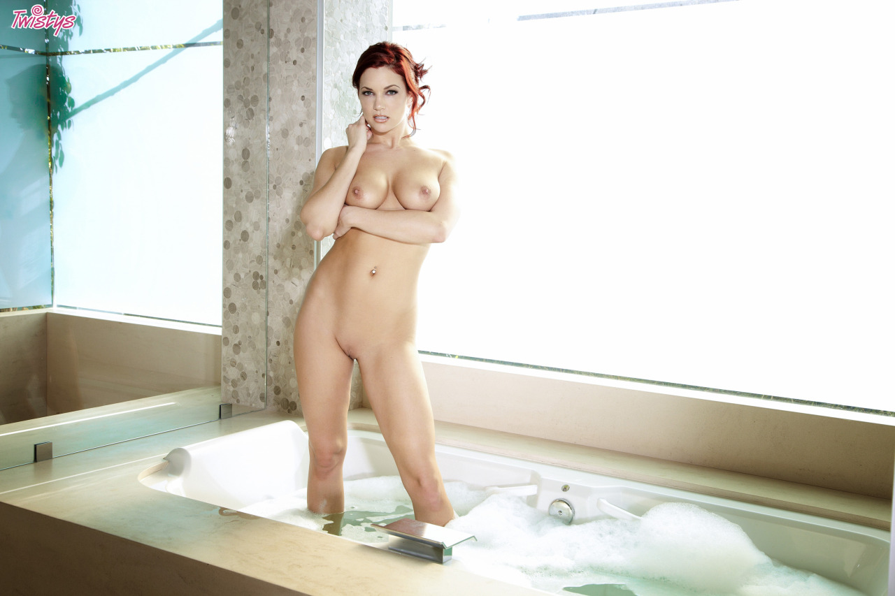 Jayden Cole / Jayden C / Ashley Summer – T 's Quite A Few Models Doing Bath Or Shower Scenes Just Now Fantasti… 6